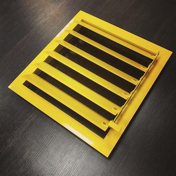 Вентиляционная решетка с рычагом